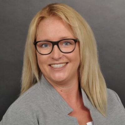 Frau Bianca Arnhold-Brucker